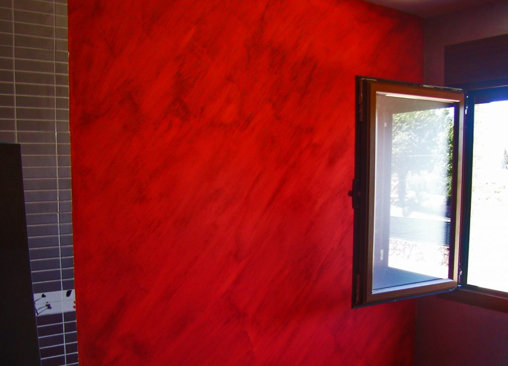 Pintura roja decoración pared